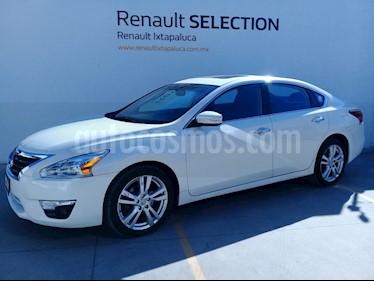 Foto venta Auto usado Nissan Altima Exclusive (2015) color Blanco Alaska precio $230,000