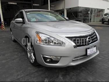 Foto venta Auto Seminuevo Nissan Altima Exclusive (2013) color Plata precio $185,000