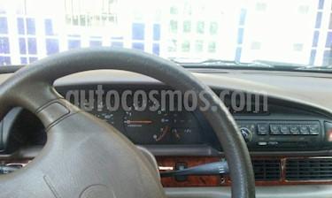 Nissan Altima GXE 2.4L Aut usado (1993) color Rojo precio u$s1.800