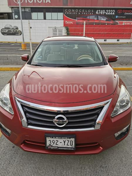 Nissan Altima Advance NAVI usado (2013) color Rojo precio $148,000