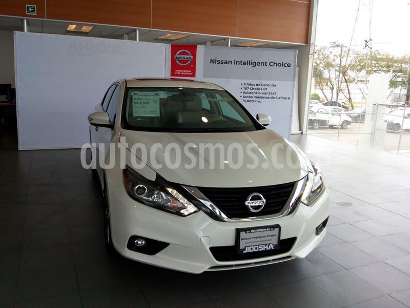Nissan Altima Advance NAVI usado (2018) color Blanco precio $380,539
