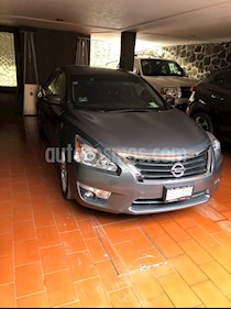 Nissan Altima Exclusive usado (2014) color Gris Oxford precio $205,000