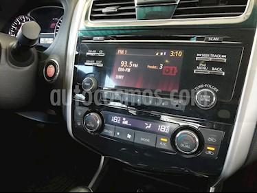 Nissan Altima Advance usado (2013) color Blanco precio $166,000