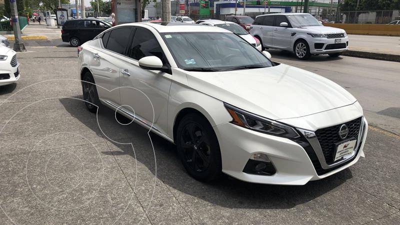 Foto Nissan Altima 4 pts. Advance, 2.5l, CVT, climatronic, piel, QC usado (2019) color Blanco precio $404,300