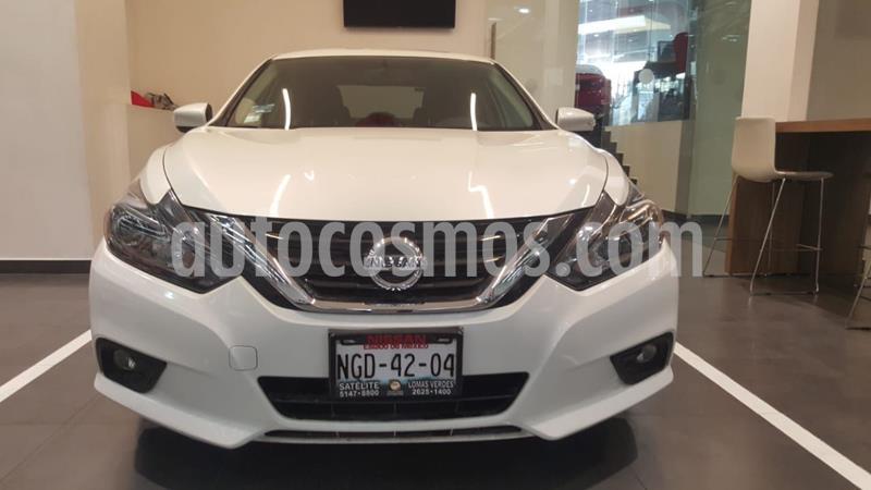 Nissan Altima Exclusive usado (2018) color Blanco precio $355,500