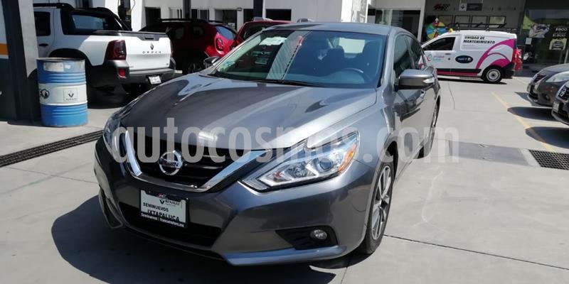 Nissan Altima Advance NAVI usado (2017) color Celeste precio $238,000