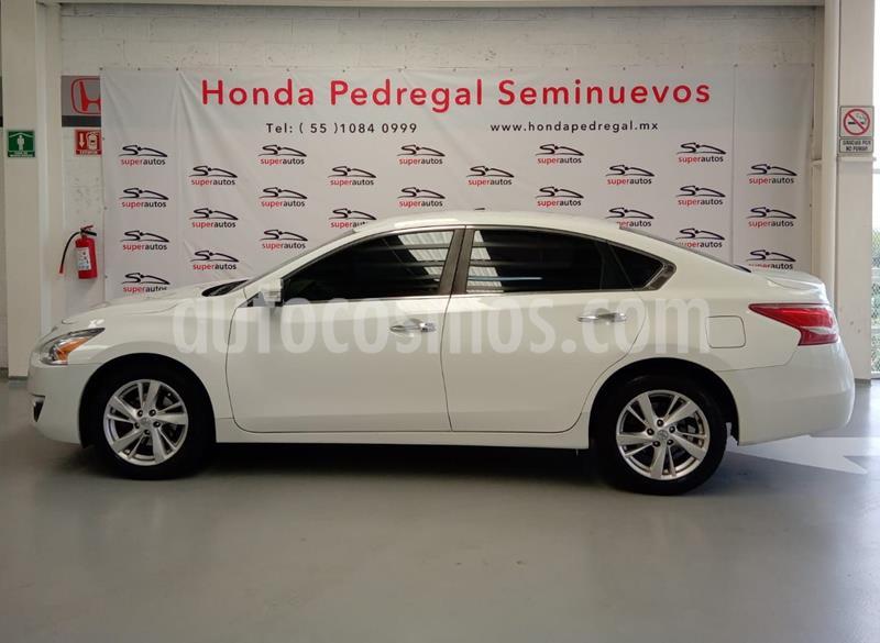 Nissan Altima Sense usado (2013) color Blanco precio $139,000