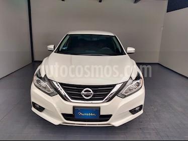 Nissan Altima Advance usado (2017) color Blanco precio $307,500