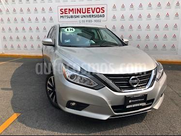 Nissan Altima Sense usado (2018) color Plata precio $263,000