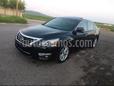 Nissan Altima Advance NAVI usado (2014) color Negro precio $178,000