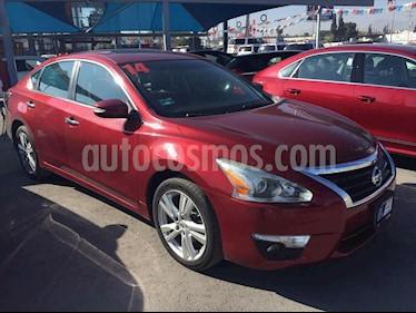 Nissan Altima EXCLUSIVE 3.5L usado (2014) color Rojo precio $185,000
