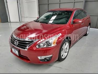 Foto Nissan Altima 4p Advance L4/2.5 Aut usado (2014) color Rojo precio $195,000