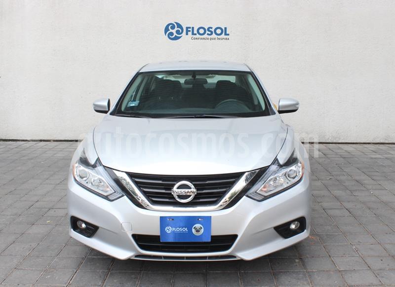 Nissan Altima Sense usado (2018) color Plata Dorado precio $289,000