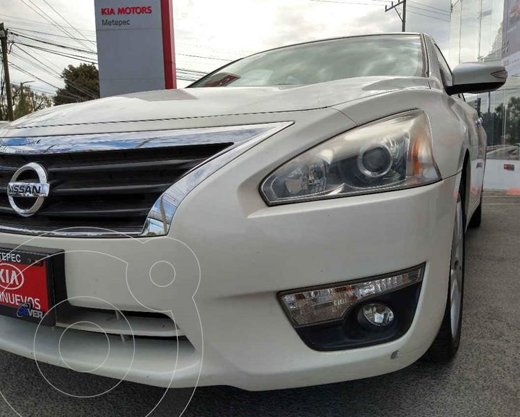 Nissan Altima Exclusive usado (2015) color Blanco precio $179,900