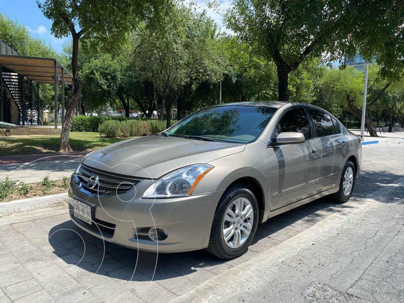 Foto Nissan Altima SL 2.5L CVT usado (2012) color Dorado precio $179,900