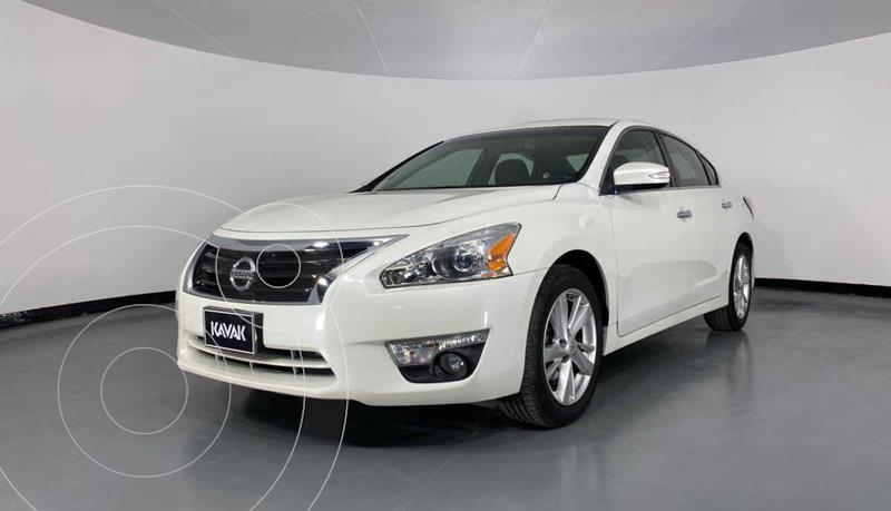 Nissan Altima Advance usado (2014) color Blanco precio $197,999