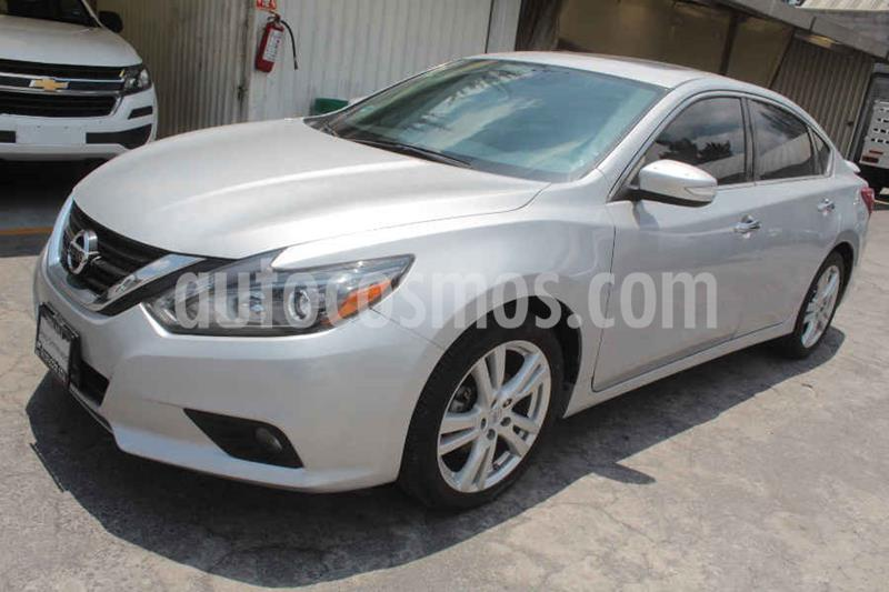 Nissan Altima Advance NAVI usado (2017) color Plata precio $269,000