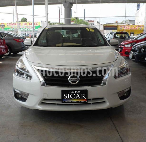 Nissan Altima Advance usado (2016) color Blanco precio $189,000