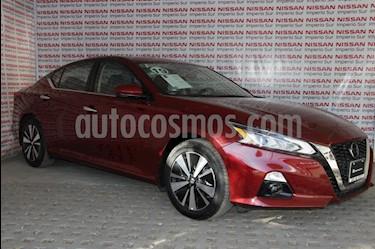 Nissan Altima Advance NAVI usado (2019) color Rojo precio $439,000