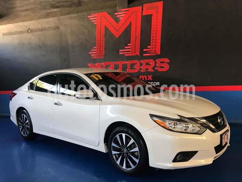 Nissan Altima Sense usado (2017) color Blanco precio $245,000