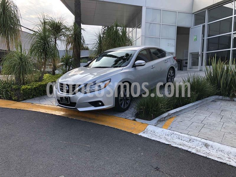 Nissan Altima Advance usado (2017) color Plata Dorado precio $319,000
