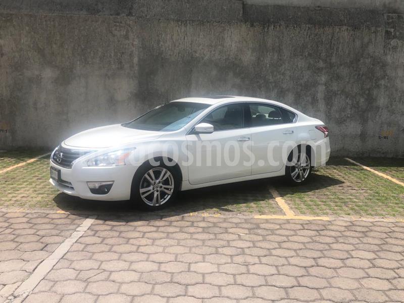 Nissan Altima Exclusive usado (2016) color Blanco precio $210,000