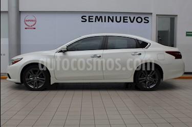 Nissan Altima Exclusive usado (2018) color Blanco precio $375,000