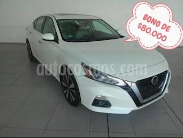 Nissan Altima 4P ADVANCE L4/2.5 AUT usado (2019) color Blanco precio $535,300