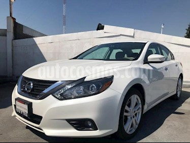 Nissan Altima 4P EXCLUSIVE V6 CVT CLIMATRONIC PIEL QC BL GPS BL usado (2017) color Blanco precio $330,000