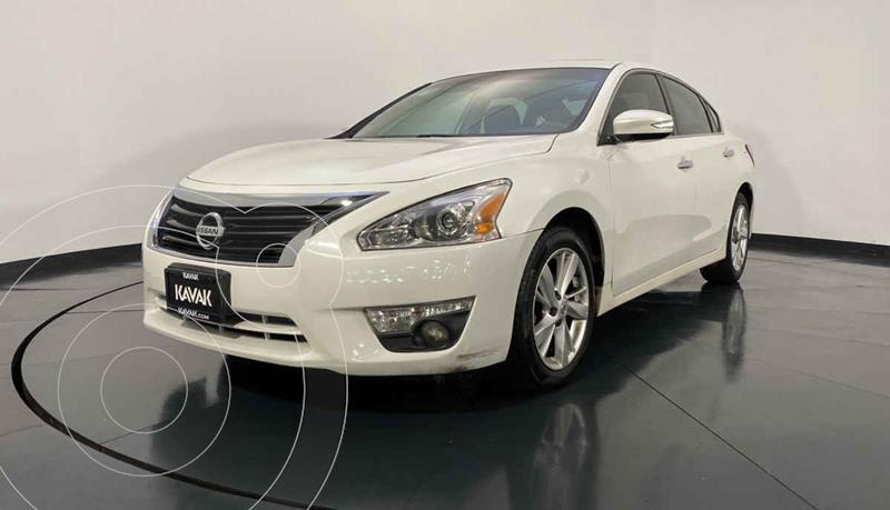 Nissan Altima Advance usado (2014) color Blanco precio $194,999