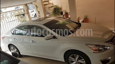 Nissan Altima Advance NAVI usado (2015) color Blanco precio $185,000