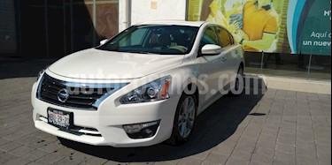 Nissan Altima Advance NAVI usado (2016) color Blanco precio $245,000