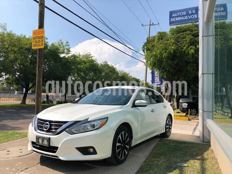 Nissan Altima Sense usado (2018) color Blanco precio $289,000