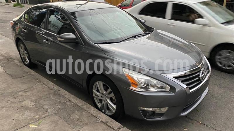 Nissan Altima EXCLUSIVE 3.5L usado (2014) color Gris Oscuro precio $198,000