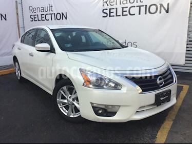 Nissan Altima Advance usado (2016) color Blanco precio $213,000