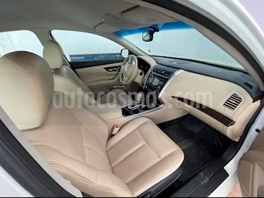 Nissan Altima Advance usado (2015) color Blanco precio $187,000