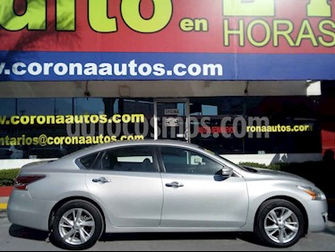 Nissan Altima Advance usado (2016) color Plata precio $219,900