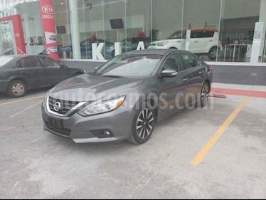 Nissan Altima Sense usado (2018) color Blanco precio $330,000