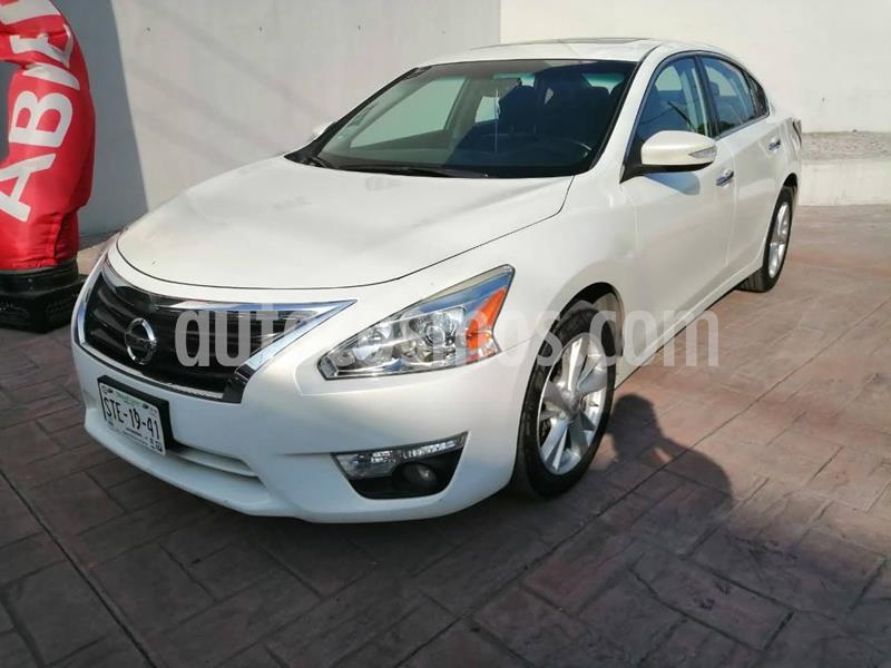 Nissan Altima Advance NAVI usado (2016) color Blanco precio $199,900