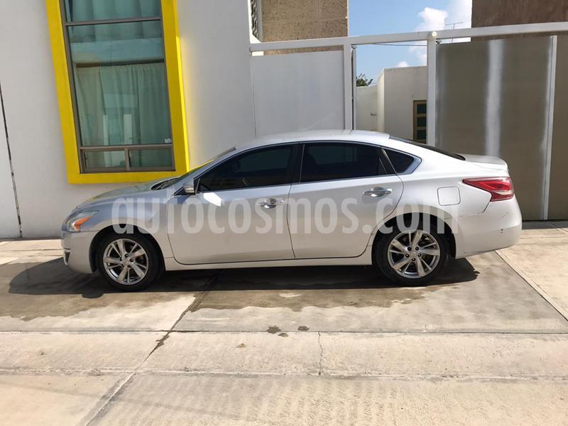 Nissan Altima Advance usado (2013) color Plata precio $127,000