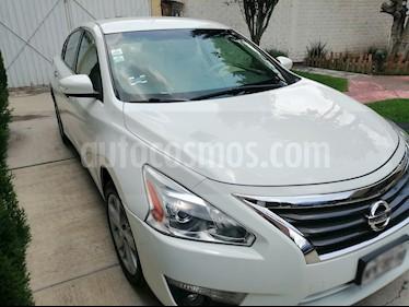 Nissan Altima S 2.5L CVT usado (2013) color Blanco precio $150,000