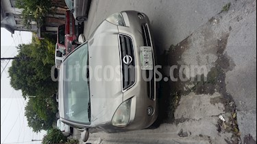 Nissan Altima SE 3.5L V6 usado (2003) color Bronce precio $53,000