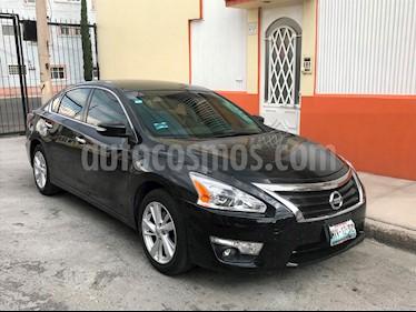 Nissan Altima Sense usado (2016) color Negro precio $210,000