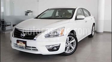 Foto venta Auto usado Nissan Altima Sense (2013) color Blanco precio $178,000
