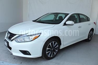Foto venta Auto usado Nissan Altima Sense (2017) color Blanco precio $318,000