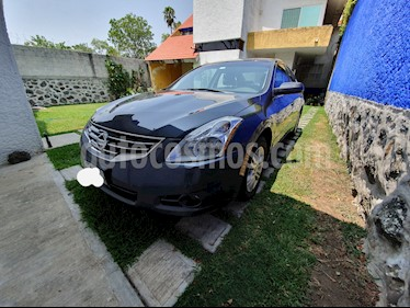 Foto Nissan Altima SL 2.5L CVT High  usado (2010) color Gris precio $125,000