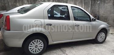 Nissan Aprio 1.6L Convenience usado (2010) color Plata precio $45,000
