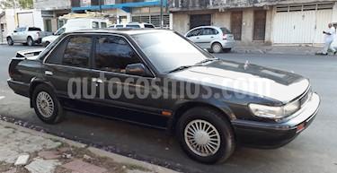 foto Nissan Bluebird 1.8 usado (1991) color Negro precio $198.000