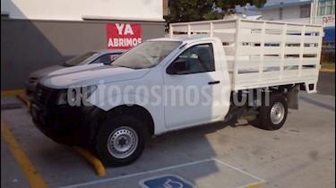 Foto Nissan Estacas Largo TM5 usado (2017) color Blanco precio $245,000