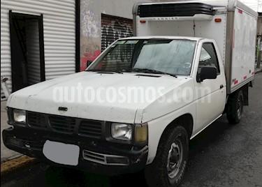 Foto Nissan Estacas Largo TM5 usado (2003) color Blanco precio $90,000